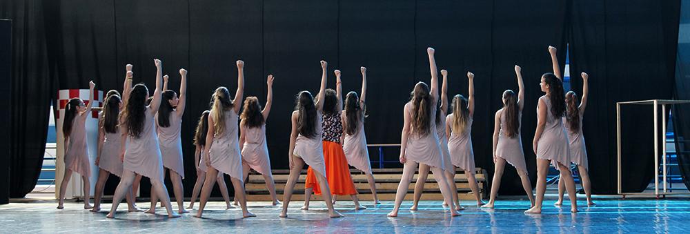 http://www.pernaeladanza.it/wordpress/wp-content/uploads/2016/06/prove-saggio-di-danza-arabesque-04.jpg