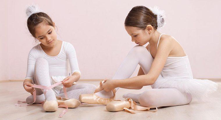 http://www.pernaeladanza.it/wordpress/wp-content/uploads/2016/10/Scuola-di-danza-arabesque-Perna-760x414.jpg