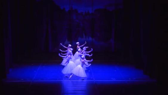 http://www.pernaeladanza.it/wordpress/wp-content/uploads/2018/09/perna-e-la-danza-iscrizioni-01.jpg